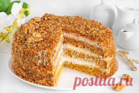 Торт медовый Давайте приготовим простой и очень вкусный домашний торт - бисквитный Медовик со сметанным кремом.