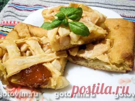 Яблочный пирог из тыквенного теста (без яиц). Рецепт с фото Тесто для этого яблочного пирога делается без яиц и сливочного масла, на основе тыквенного пюре, поэтому оно получается пышным и нежным, дольше хранит свою свежесть. Яблоки в начинку пирога смешивают с кислым вареньем (идеально сливовым или абрикосовым). Рецепт простой, но учтите, что для расстойки дрожжевого теста потребуется не менее 1 часа.