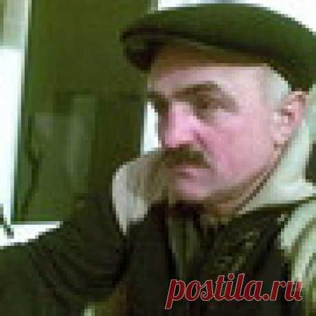 Искандар Колов