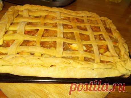 Как красиво украсить яблочный пирог ажурным тестом | Мясное мясо + домашние сладости | Яндекс Дзен