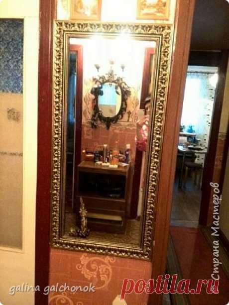 Рамка для зеркала из потолочных плинтусов