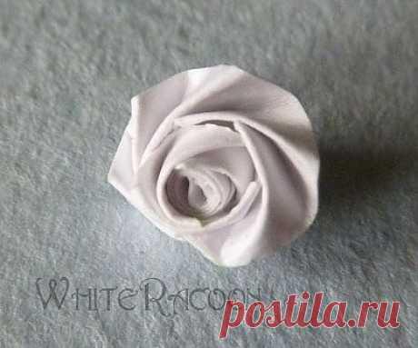 Необычный способ кручения розы из бумаги. Мастер-класс