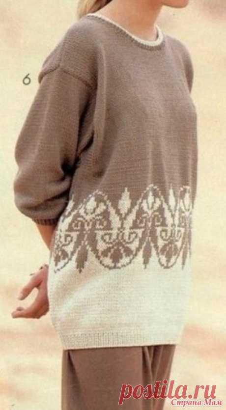 Пуловер жаккардовым узором спицами Здравствуйте! Нашла в Pinterest красивый, на мой взгляд, пуловер. Видно, что он из старых журналов, но смотрится чудесно. Адаптировать его под современные силуэты труда не составит.