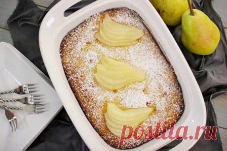 15 recetas de los pasteles de un modo excepcional sabrosos con la pera. ¡Los invitados pedirán las añadiduras!