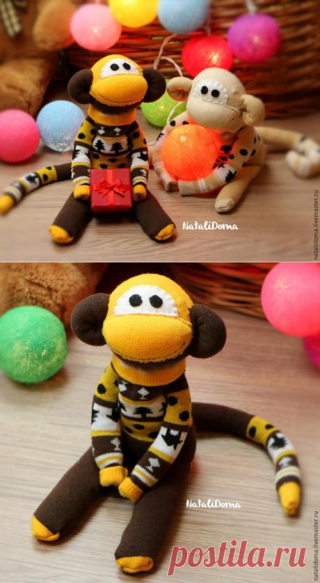 Идеи для новогодних подарков. Шьем милую новогоднюю обезьянку из пары детских носков - Цветы жизни