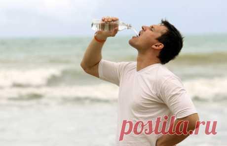 Как сделать морскую воду пригодной для питья: лайфхак выживания