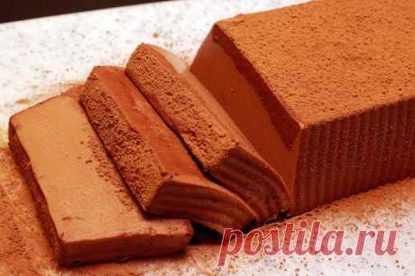 Просто варю творог с сахаром, добавляю шоколад, отправляю в холодильник и получаю супер вкусный десерт (делюсь простым рецептом) | Мастерская идей | Яндекс Дзен