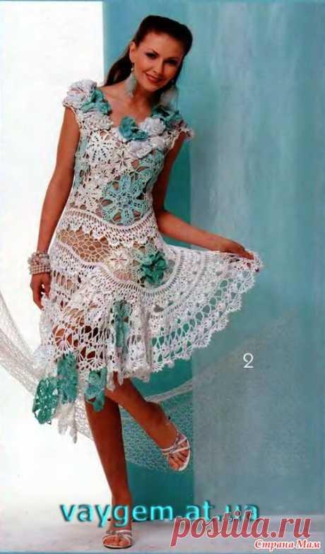 La fantasía chiné. El vestido por el encaje irlandés.