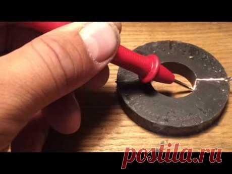 Резка магнита по графитовой дорожке. Как резать магнит. Как разрезать магнит. Как распилить магнит.