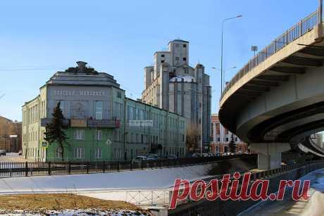 """""""Невская мельница"""" и Лавра. Санкт-Петербург."""