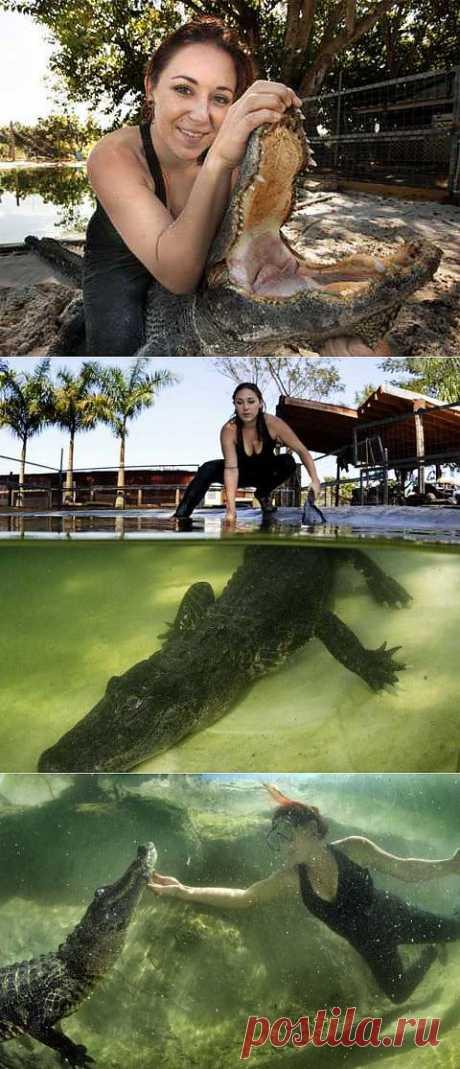 Девушка, со школьной скамьи влюбленная в крокодилов, нашла работу своей мечты