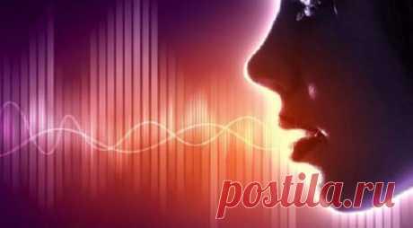 """Зажимы в горле — ваши «неозвученные» годами проблемы... - Познавательный сайт ,,1000 мелочей"""" - медиаплатформа МирТесен Как связаны голосовые зажимы с психологическими? Можно ли освободить от них свой голос так, чтобы он зазвучал в полную силу своей естественной, природной красоты? Когда мы слышим другого человека, то интуитивно рисуем его образ: старый или молодой, толстый или худой, добрый или злой, скромный или"""