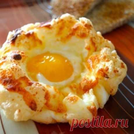 Яйца «Орсини»! Очень вкусно и не избито, прямо яичный пирог.