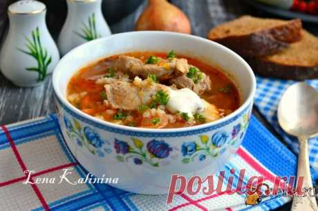 Pearl barley and meat soup