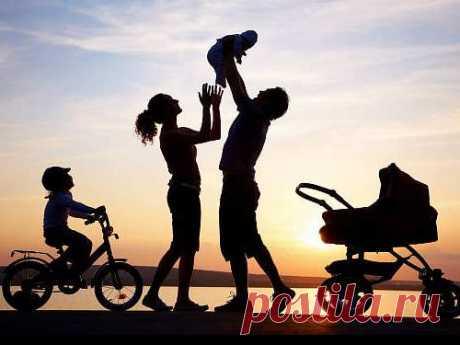 Совместимость имен детей иродителей: как определить с помощью нумерологии Определить совместимость именродителей и ребенка поможет нумерология. Произвести расчет совместимости будет довольно просто, так что это незаймет много времени.