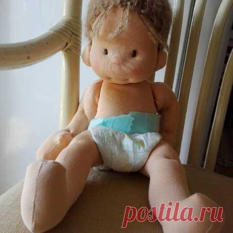 Baby on board ❤#waldorfinspireddoll #handmadegifts #steinerdoll #softtoy #clothdoll #withlove #bemkadoll