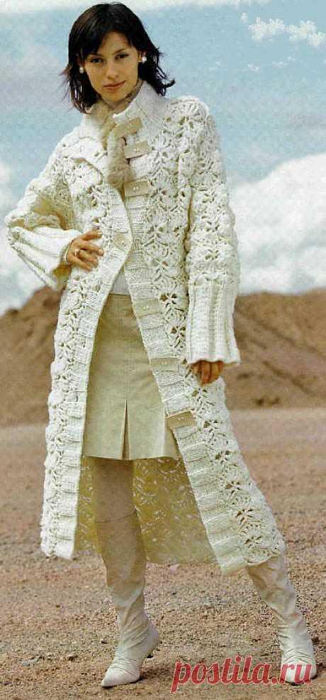 Белое пальто крючком | Шкатулочка для рукодельниц
