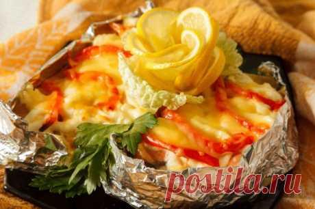 Хек в фольге с овощами — Sloosh – кулинарные рецепты