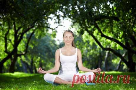 5 асан йоги, благодаря которым ты сможешь легко похудеть!  Похудеть с помощью йоги — значит не только изменить свой внешний вид к лучшему, но иукрепить здоровье! Попробуй эти замечательные позы, которые сразу же дают положительный результат. Йога тем хороша…