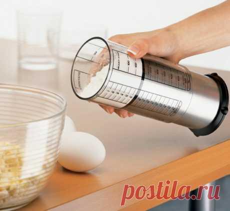 19 креативных кухонных гаджетов Кухню определяют не только кухонная мебель, но и кухонные принадлежности. Но когда мы говорим о кухонных принадлежностях, то сразу представляем себе сковороды, ножи, ложки, разделочные доски. Все обыд…
