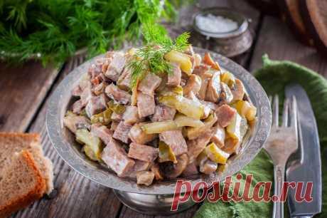 Салат с языком и грибами шампиньонами рецепт с фото пошагово - 1000.menu