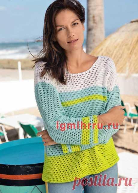 Трехцветный летний пуловер в полоску. Вязание крючком со схемами и описанием