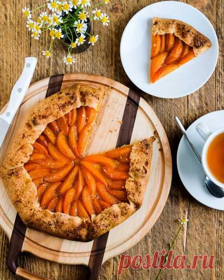 Пирог, про который мы вспоминаем только в конце весны и летом | Кулинарный блог Дарьи Савельевой | Яндекс Дзен