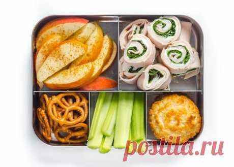 Еда с собой: полезные перекусы для школьников и студентов. Идеи перекусов в школу. Что положить в ланч-бокс? Что можно положить в ланч-бокс и есть руками? Простые идеи