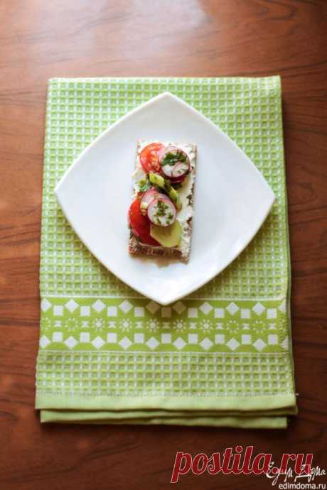 Spring sandwich, or new view on salad
