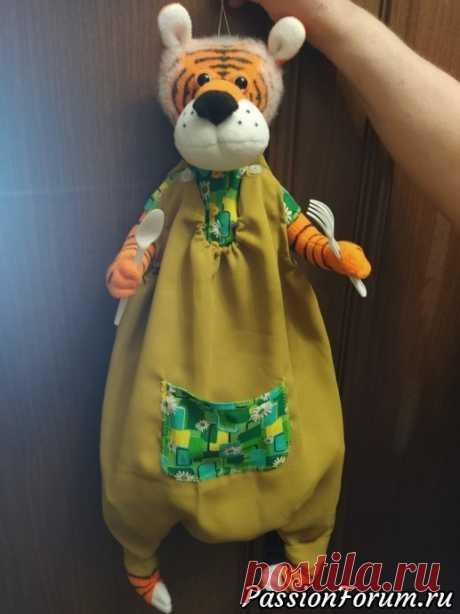 Пакетница-тигр | Разнообразные игрушки ручной работы