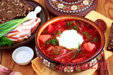 23 лучших блюда украинской кухни Украина по праву может гордиться тем, что удовлетворит вкус даже самого претенциозного гурмана. Украинские застолья описаны Гоголем в его «Вечерах...