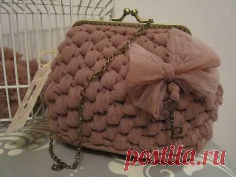El hilado de los Espagueti y la bolsa de ella