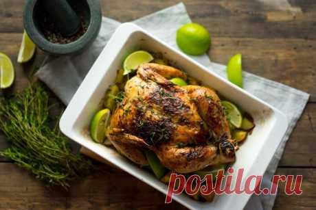 Запеченная с картофелем курица - Пошаговый рецепт с фото своими руками Запеченная с картофелем курица - Простой пошаговый рецепт приготовления в домашних условиях с фото. Запеченная с картофелем курица - Состав, калорийность и ингредиенти вкусного рецепта.