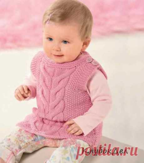 Розовый жилет для девочки 2 лет спицами схемы и описание