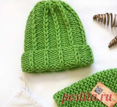 Шапка из перуанской шерсти толстыми спицами. Описание вязания толстой шапки с отворотом | Вязание спицами и крючком | Яндекс Дзен