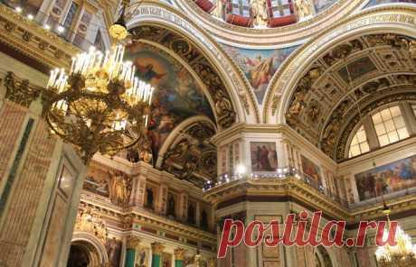 История и легенды Казанского собора