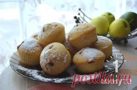 Пышные кексы на молоке с вареной сгущенкой: тесто получается очень вкусным и готовится за 5 минут - Odnaminyta - медиаплатформа МирТесен