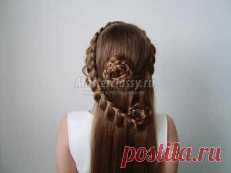 Красивая причёска с цветами из кос