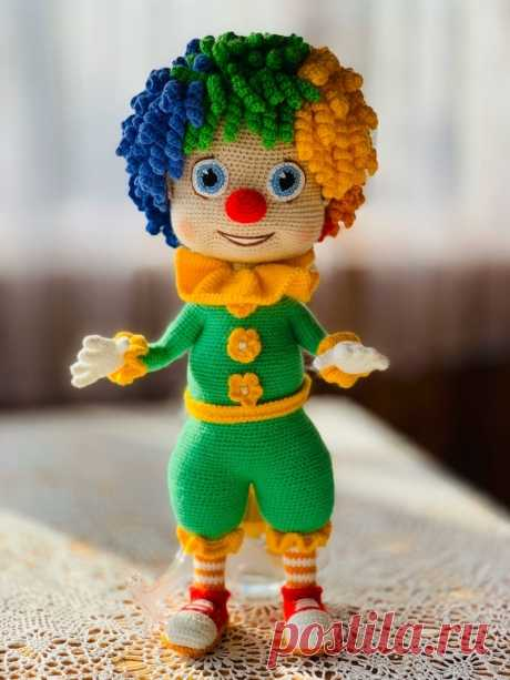 Клоун Семицветик. Мастер-класс по вязанию крючком - Куколки - Вязаная жизнь | игрушки. Вязаная кукла. Амигуруми. Амигуруми кукла #клоунсемицветик #клоун #вязанаякукла #куколка #вязанаякуколка #амигуруми #амигуруми #амигурумикуколка #вязание #вязанаяигрушка #вязанаяигрушкакрючком #игрушка #игрушкакрючком #куклакрючком #вязанаяжизнь #игрушкасвоимируками #амигурумикрючком #амигурумикукла #мастерклассповязаниюкрючком #вязание #вашиработы #хвастики #золотыеручки