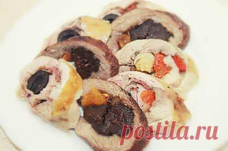 Рулетики мясные с разной начинкой - Холодные закуски на праздничный стол - Простые рецепты Овкусе.ру
