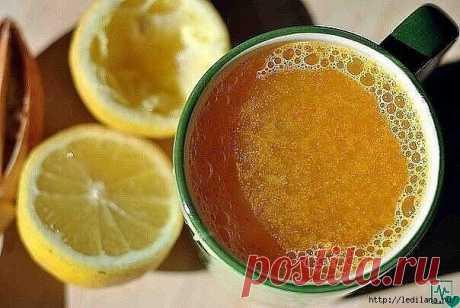Чудесный напиток с куркумой, выводящий токсины из кишечника