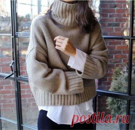 Стильный пуловер лицевой гладью, описание