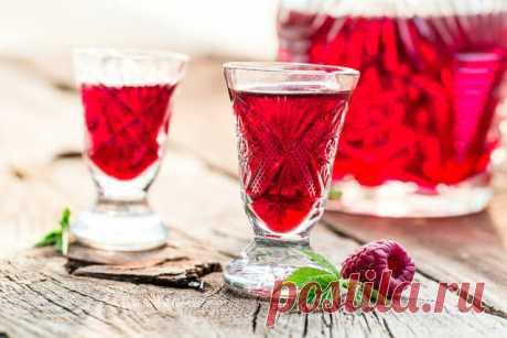 Заготовки на зиму: семь рецептов настоек из ягод | «Едим Дома» с Юлией Высоцкой | Яндекс Дзен