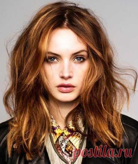 Укладка для тонких волос (42 фото) средней длины: видео-инструкция как укладывать длинные локоны своими руками в домашних условиях, лучшее средство, фото и цена