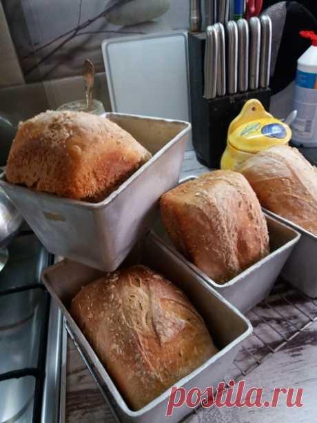 Ошибки из-за которых у вас не получается выпечка хлеба и сдобы  7. Недостаточный подъём теста.  Запаситесь терпением! Недостаток терпения часто приводит к тому, что тесто недостаточно выстаивается и подъём его невелик. Между тем, тесто должно подняться в 1,5 - 2 раза. Чаще всего распространённой ошибкой является и то, что тесто выстаивают в одной ёмкости, а затем его перемещают в форму для выпечки. Идеально использовать специальные универсальные керамические формы, в котор...