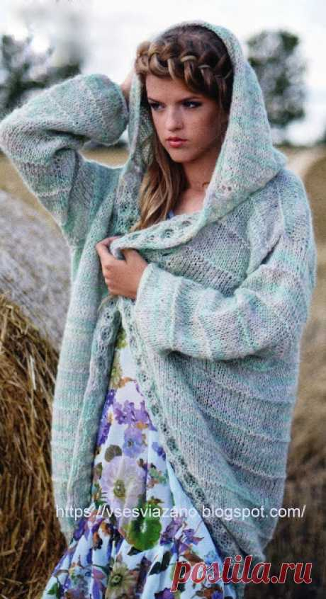ВСЕ СВЯЗАНО. ROSOMAHA.: Весеннее голубое пальто или жакет с капюшоном.