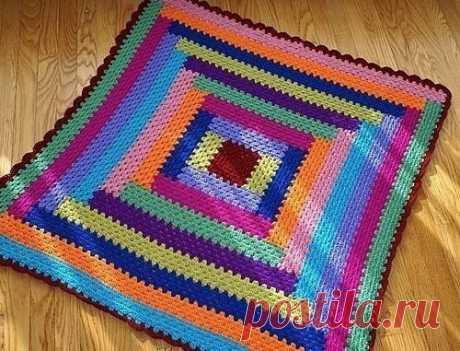 Простой коврик, в основе которого бабушкин квадрат!