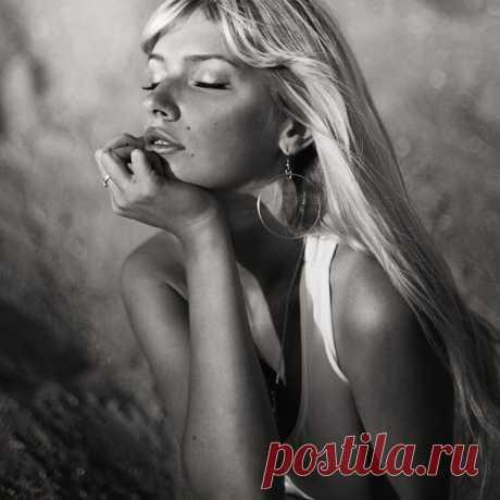 Фотографии красивых девушек 2010 06 — Photos of beautiful girls 2010 06 (25фото+1видео) » Картины, художники, фотографы на Nevsepic