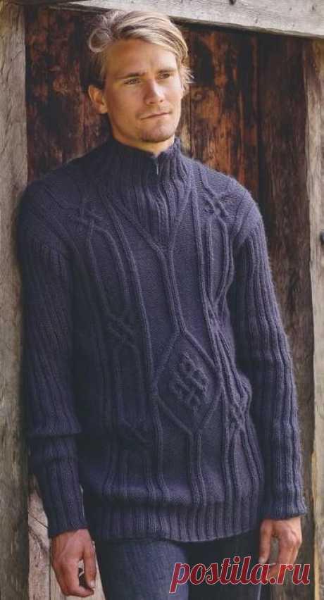 Спицы.Темно-фиолетовый пуловер.
