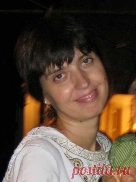 Лена Щельник